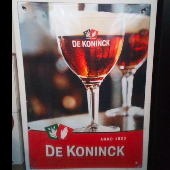 Afbeeldingen van De Koninck emaille